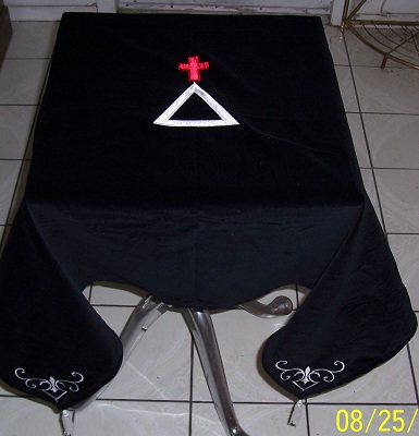 Cross and Triangle cloth