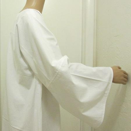 White Tau Robe 3